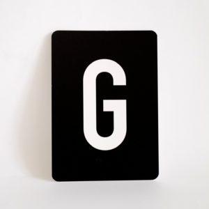 postkarte-buchstabe-g-papier-herr-und-frau-krauss