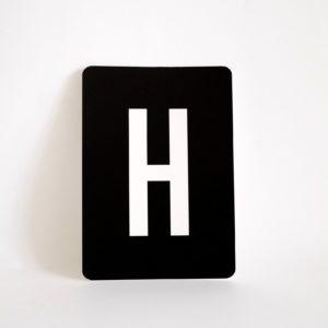 postkarte-buchstabe-h-papier-herr-und-frau-krauss