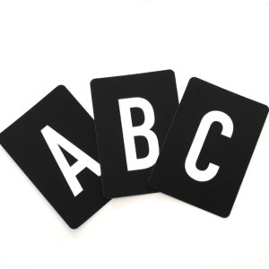 buchstaben-abc-set-herr-und-frau-krauss