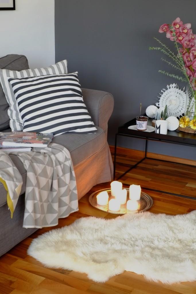 weihnachten-deko-gemuetlich-sofa