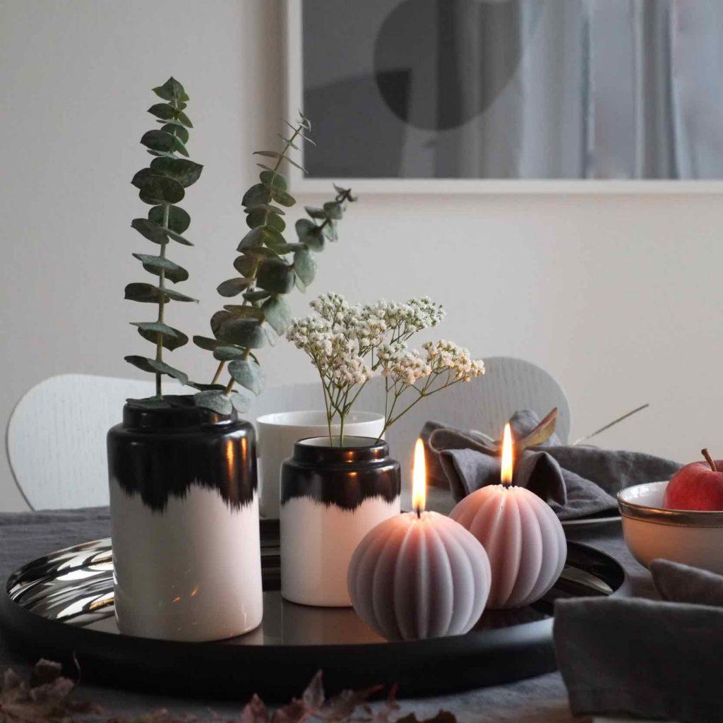 Skandinavische Esstisch Deko Herbst Kerzen