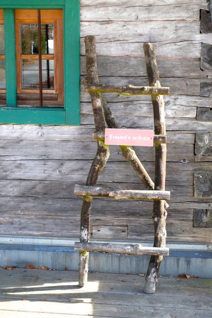 fensterln-verboten-berghotel-maibrunn