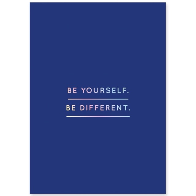 be-yourself-postkarte-navucko