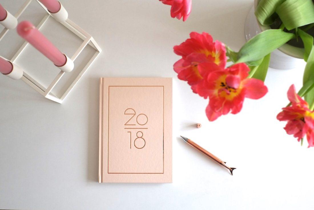 kalender-navucko-kerzenstaender-bylassen-herrundfraukrauss