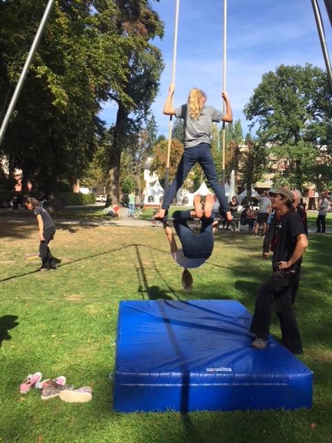 trapez-turnen-kinder-kindheit-herrundfraukrauss