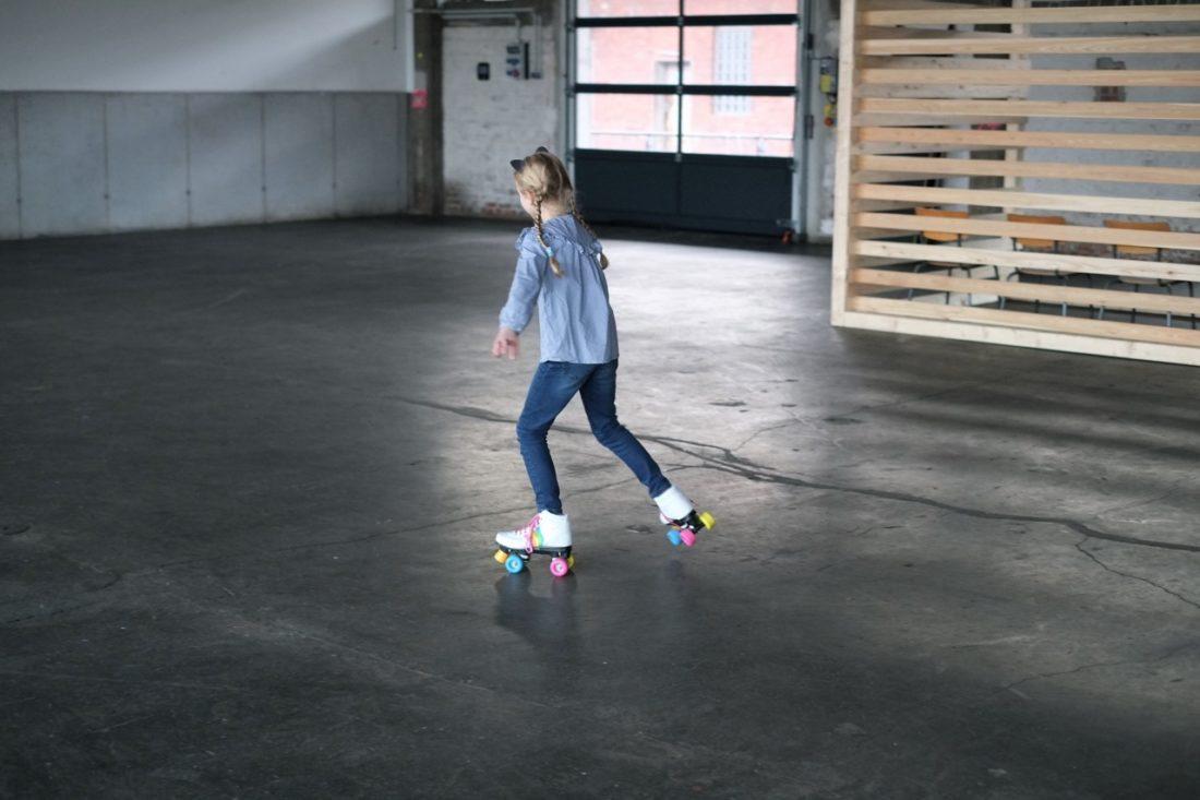 rollerskates-rollschuhe-rollschuh-fahren-kinder-herrundfraukrauss-blog-blogger-familienblog