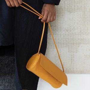 1601351-handtasche-monk-and-anna-honigbraun-caramel-herrundfraukrauss-onlineshop