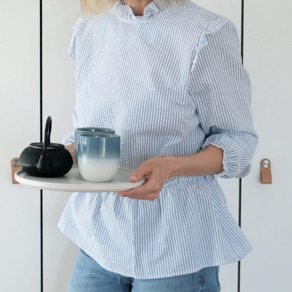 bluse-blau-weiss-streifen-searsucker-sommer-shorts-herrundfraukrauss-blog