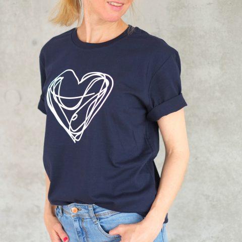 t-shirt-herz-blau-weiss-herrundfraukrauss-onlineshop-eins
