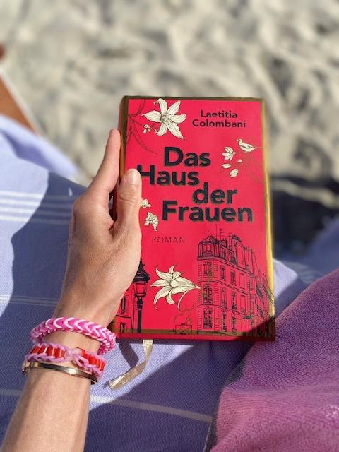 buch-das-haus-der-frauen-lesen-herrundfraukrauss-blog