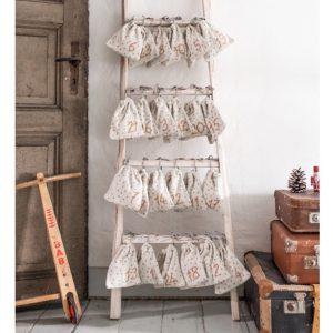 adventskalender-stoffbeutel-befuellen-weihnachten-2020-avaundyves-sieben