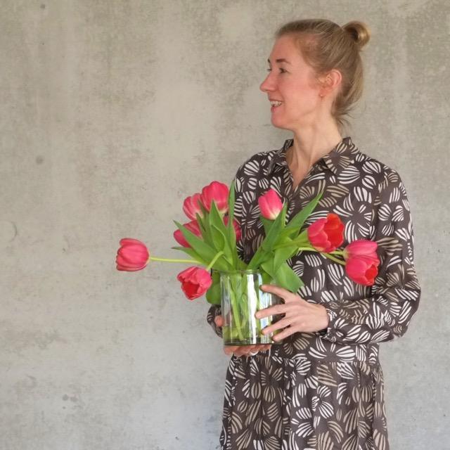 tulpen-fruehling-kleid-redraft-herrundfraukrauss-blog-zwei