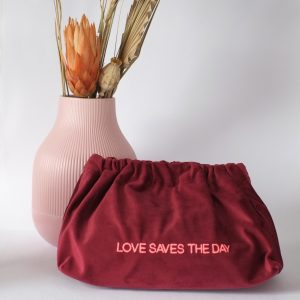 velvet-bag-sorbet-island-samttasche-handtasche-love-saves-the-day-herrundfraukrauss-onlineshop