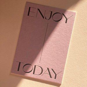 postkarte-navucko-enjoy-today-achtsamkeit-herrundfraukrauss-onlineshop