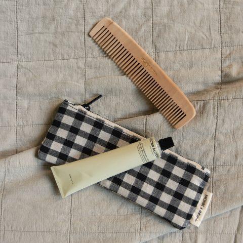 make-up-kosmetiktasche-kariert-karo-mäppchen-baumwolle-monk-and-anna-herrundfraukrauss-onlineshop-zwei